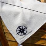 Kompass pledd hvit